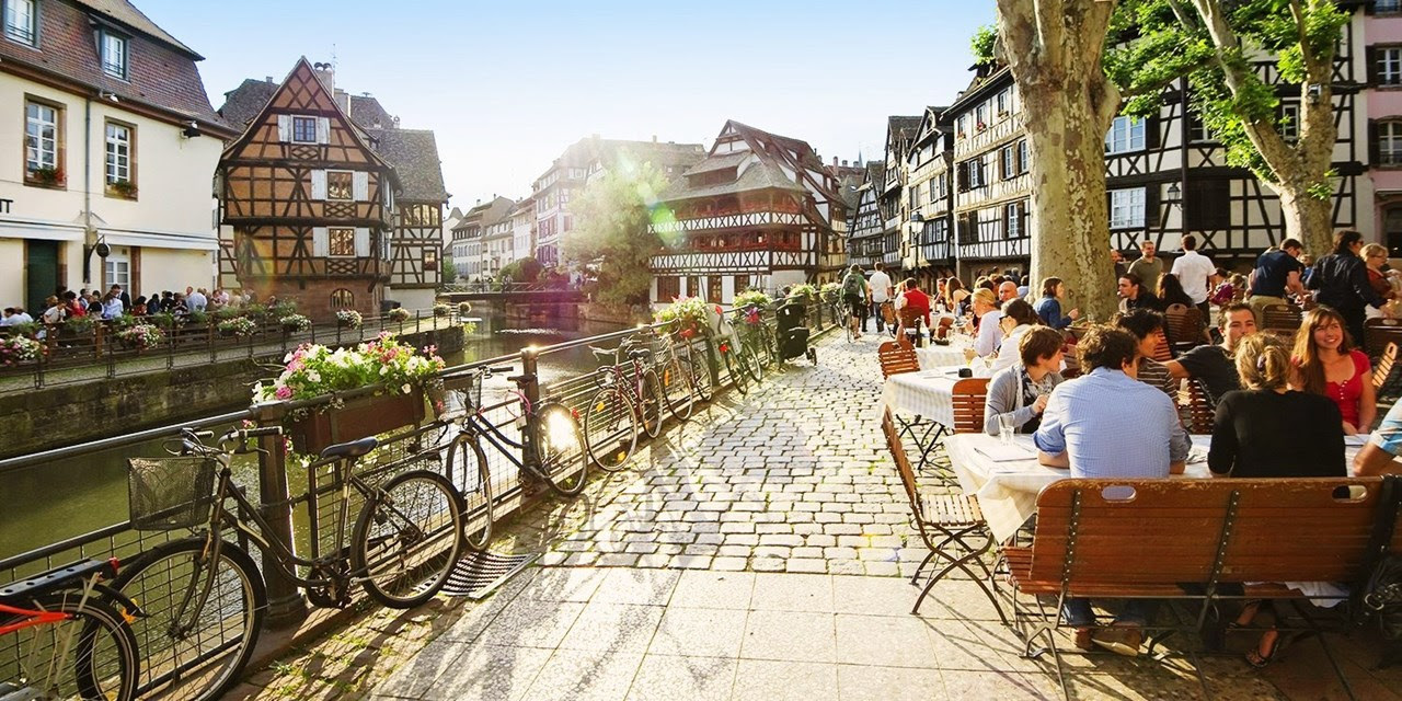 Strasbourg city centre escape