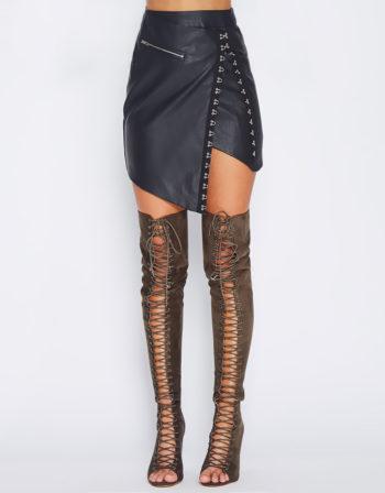 Hook Vegan Leather Skirt In Black
