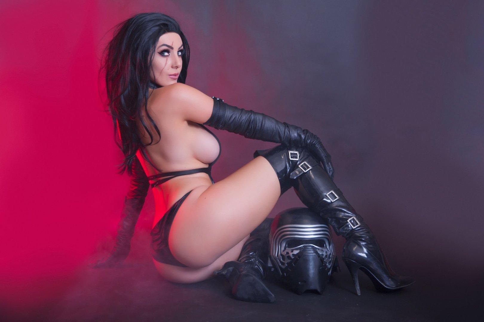 Sexy jessica nigri