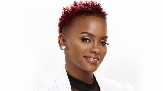Dionne Smith Hairstylist