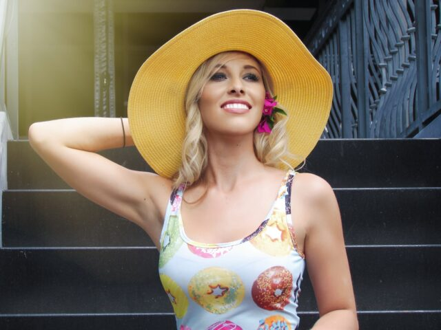 dress to impress - summer hat