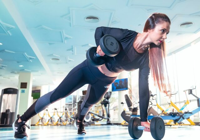 6 Christmas gift ideas for your gym-goer girlfriend