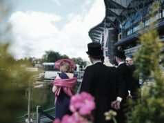 audience at the royal ascot